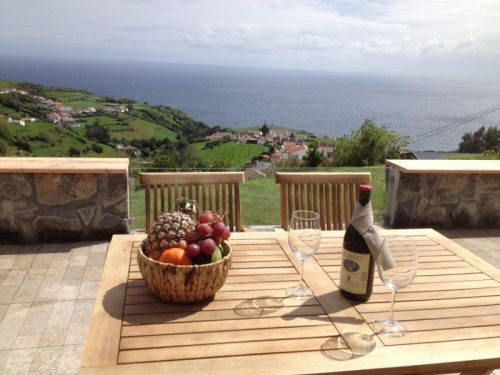Terrasse Ferienhaus Azoren, Azores holiday rental terrace